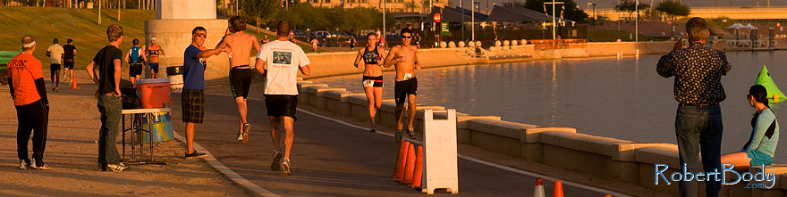 /images/500/2009-10-30-tempe-splash-run-120419sp.jpg - #07741: 00:47:01 into the race - Splash and Dash Fall #4, October 30, 2009 at Tempe Town Lake … October 2009 -- Tempe Town Lake, Tempe, Arizona