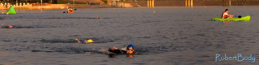 /images/500/2009-10-30-tempe-splash-swim-120368sp.jpg - #07764: 00:15:37 into the race - Splash and Dash Fall #4, October 30, 2009 at Tempe Town Lake … October 2009 -- Tempe Town Lake, Tempe, Arizona