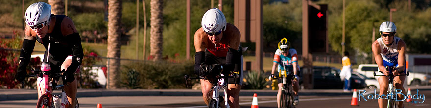 /images/500/2009-11-22-ironman-bike-pro-124210sp.jpg - #07900: 02:23:15 #14 and others cycling - Ironman Arizona 2009 … November 2009 -- Rio Salado Parkway, Tempe, Arizona