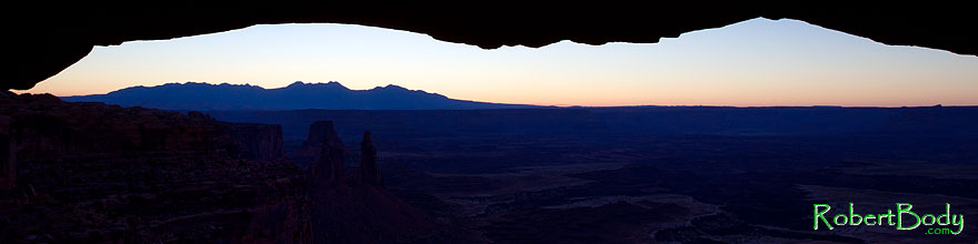 /images/500/2010-09-14-canyonlands-mesa-33722sp.jpg - #08685: Mesa Arch at sunrise in Canyonlands National Park … September 2010 -- Mesa Arch, Canyonlands, Utah
