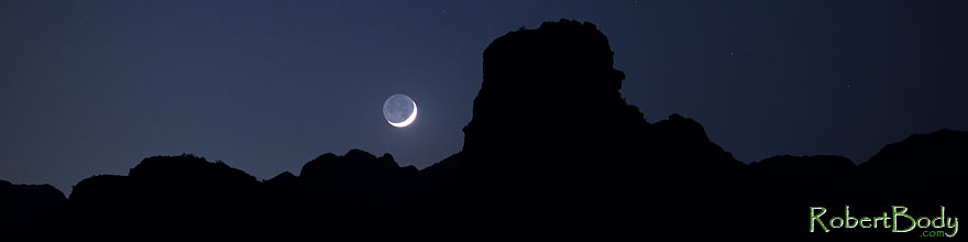 /images/500/2013-05-12-supers-face-rk-moon-39999sp.jpg - #11096: Mountain silhouettes and crescent moon in Superstitions … May 2013 -- Apache Trail Road, Superstitions, Arizona