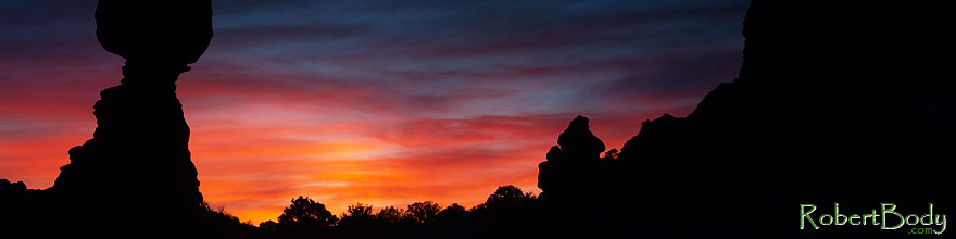 /images/500/2013-11-02-balanced-rock-1d4_3034sp.jpg - #11231: Balanced Rock in Arches National Park at sunrise … November 2013 -- Balanced Rock, Arches Park, Utah
