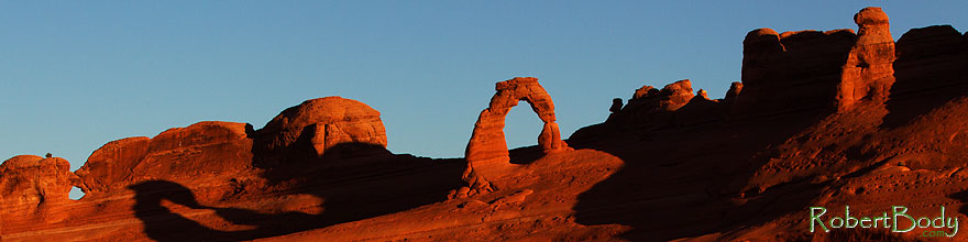 /images/500/2013-11-06-delicate-back-1d4_3490sp.jpg - #11262: Delicate Arch in Arches National Park … November 2013 -- Delicate Arch, Arches Park, Utah